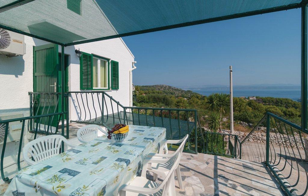 Holiday home Solta Rogac, Croatia CDO107 | Novasol
