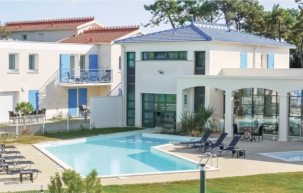 Appartement Saint Palais sur Mer (FCH198)