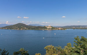 Appartamento Foca in Varese, a cottage in Lombardy