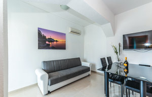 Apartment In Biograd