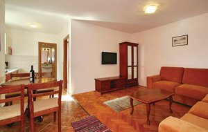 Apartment In Porec
