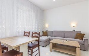 Apartment In Funtana