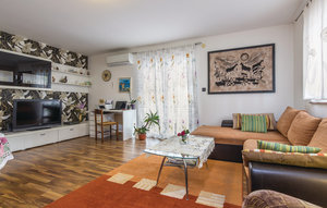 Photo of Apartment In Sorici, Apartment In Sorici
