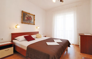 Apartment In Pag