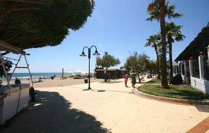 Apartment In Riviera Del Sol thumbnail 6