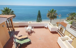 Apartment In Estepona thumbnail 4