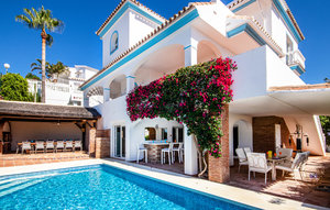 House In Riviera Del Sol thumbnail 2