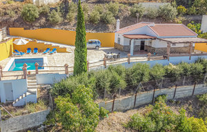 House In Torrox thumbnail 2
