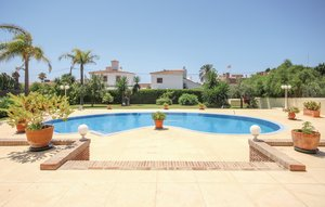 House In Marbella thumbnail 3
