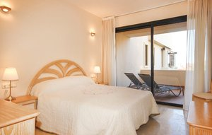 Apartment In Calahonda, Mijas Costa thumbnail 5