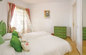 Apartment In Mijas thumbnail 7