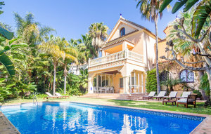 House In Marbella thumbnail 8