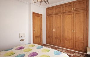 House In El Pinet thumbnail 8