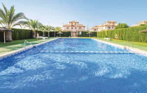 House In El Pinet thumbnail 4