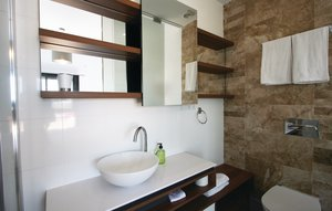 Apartment In Arenales Del Sol thumbnail 6