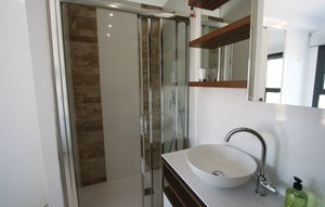 Apartment In Arenales Del Sol thumbnail 7