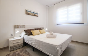 Apartment In Arenales Del Sol thumbnail 2