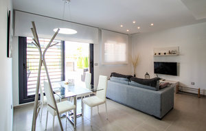 Apartment In Arenales Del Sol thumbnail 3