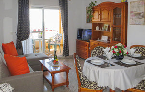 Apartment In Cala Del Moro - Torrev thumbnail 2