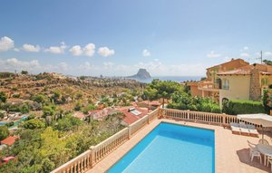 House In Calpe thumbnail 4