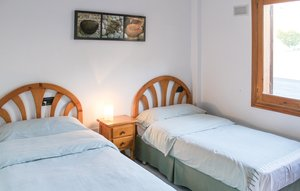 Apartment In Rojales thumbnail 6