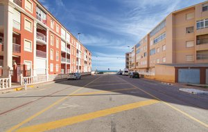 Apartment In La Mata thumbnail 5