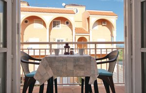 Apartment In La Mata thumbnail 1