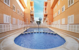 Apartment In La Mata thumbnail 4