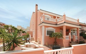 House In Gran Alacant thumbnail 1