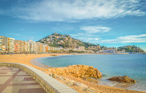House In Blanes thumbnail 8