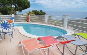 House In Blanes thumbnail 2