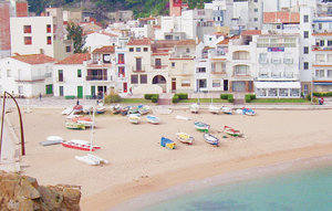 Apartment In Blanes thumbnail 5