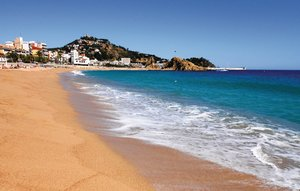 Apartment In Blanes thumbnail 8