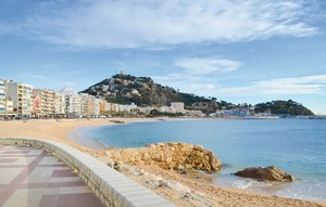 House In Blanes thumbnail 5