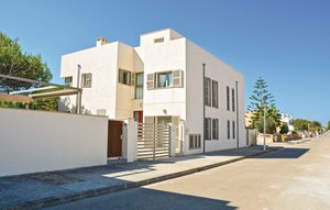 House In Son Serra De Marina thumbnail 3