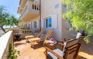 Apartment In Cala Morlanda thumbnail 1