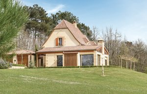 House In Les Eyzies Sireuil thumbnail 1