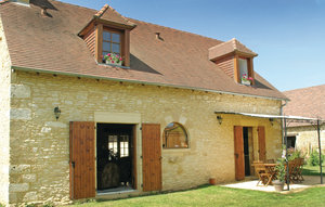 House In St Amand De Coly thumbnail 2
