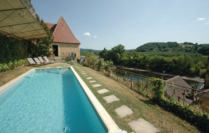 House In La Roque-gageac thumbnail 4