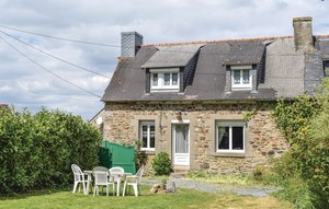 House In Le Faouet thumbnail 6