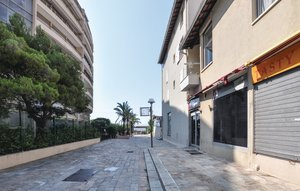Apartment In Cannes La Bocca thumbnail 8