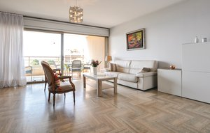 Apartment In Cannes La Bocca thumbnail 4