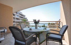 Apartment In Cannes La Bocca thumbnail 6