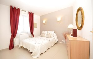 Apartment In Antibes thumbnail 2
