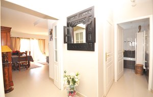 Apartment In Antibes thumbnail 3