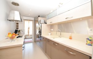 Apartment In Antibes thumbnail 4