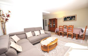 Apartment In Antibes thumbnail 5