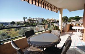 Apartment In Antibes thumbnail 6