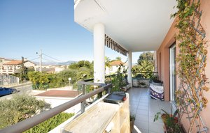 Apartment In Antibes thumbnail 7