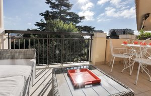 Apartment In Cannes thumbnail 7